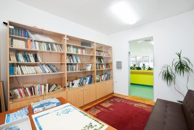 Reading room with a library